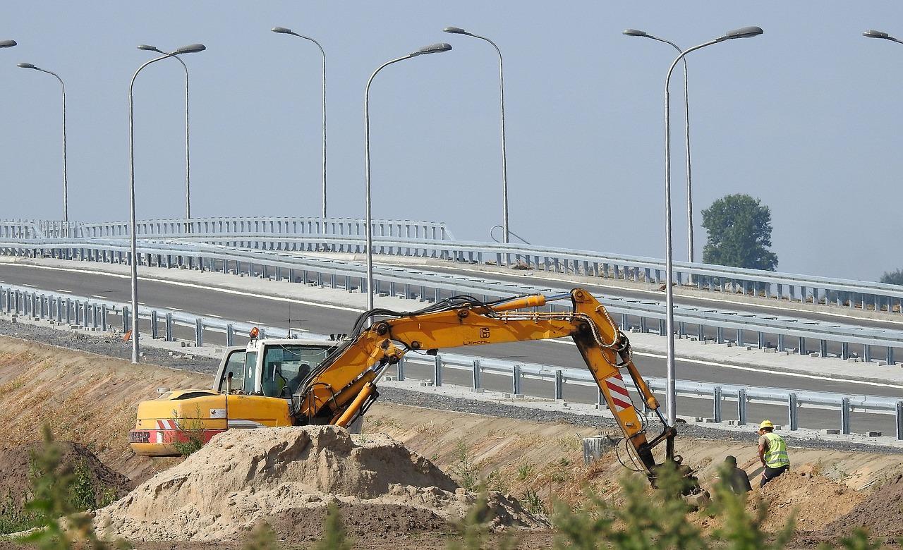 МАНИФЕСТАЦИЯТА на първенците в строителните поръчки им донесе над един милиард и триста милиона