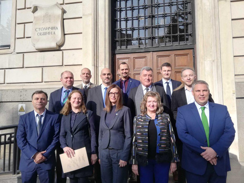 """Декларация на групата на """"Демократична България"""" при встъпване в длъжност в Столичен общински съвет за мандат 2019-2023 г."""