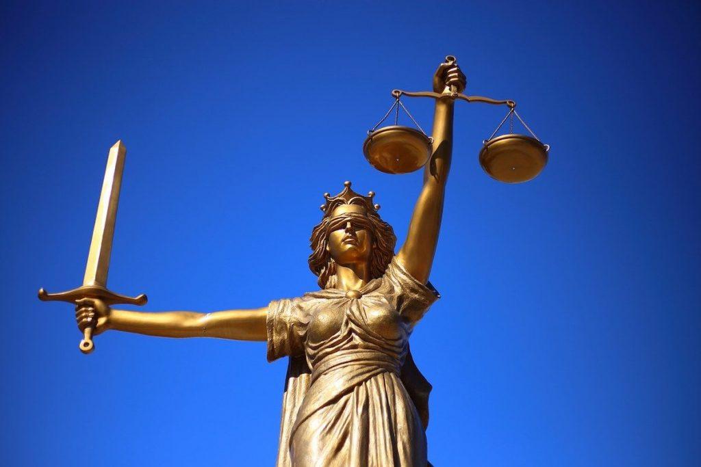 В какво състояние е върховенството на закона в България?