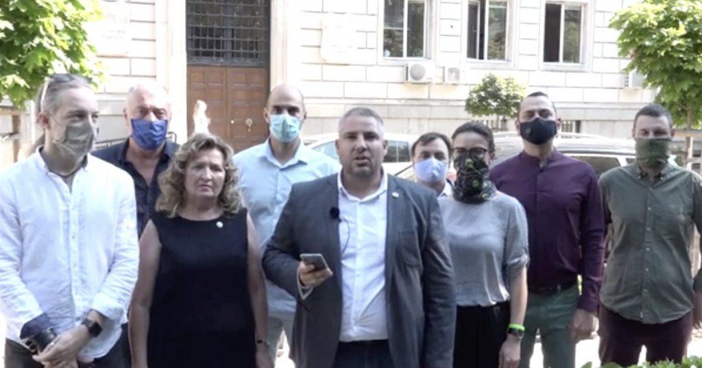 ДБ в СОС: Днес мястото на всеки, който държи на демокрацията, е на улицата!