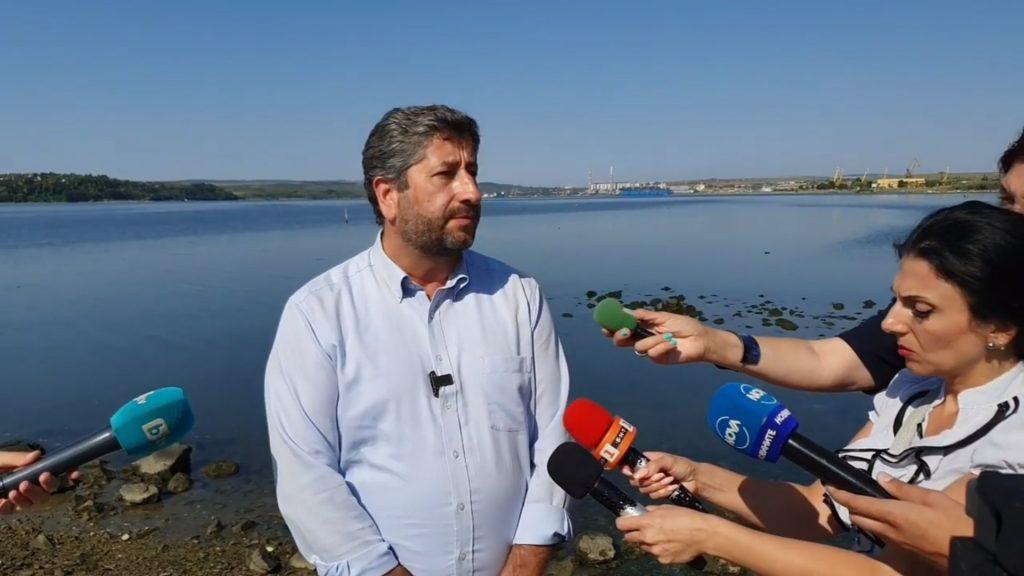 """Христо Иванов: Доган на практика си е купил пристанище """"Варна"""" със съдействието на държавата"""