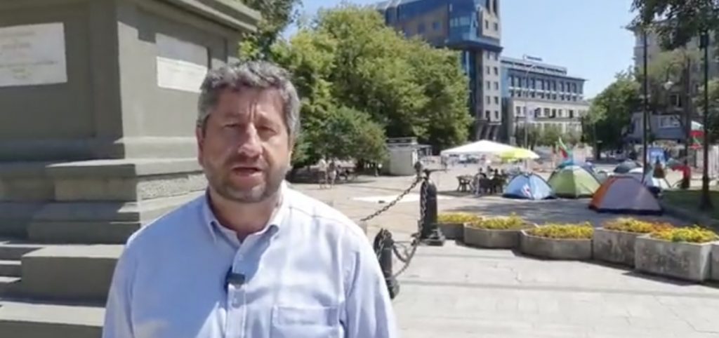Христо Иванов: Борисов не дава решение на кризата, иска да печели време
