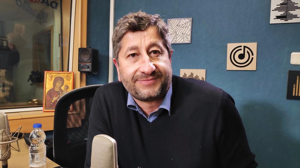 Христо Иванов: България е в чудовищна матрьошка от кризи, изходът е в модернизацията