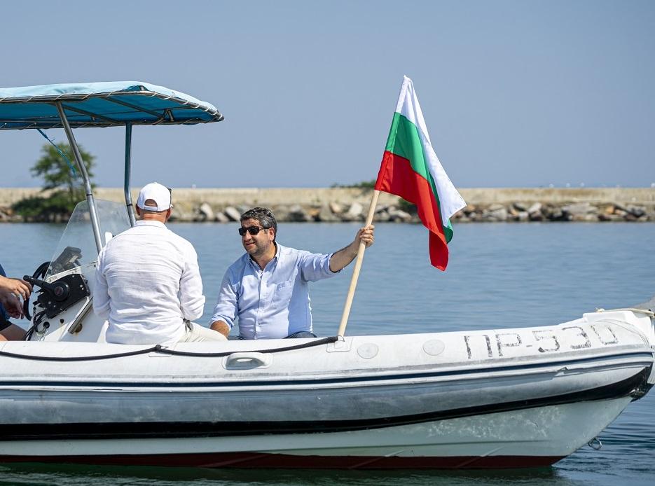 Христо Иванов: Може да се наложи отново да подготвим лодката за Росенец