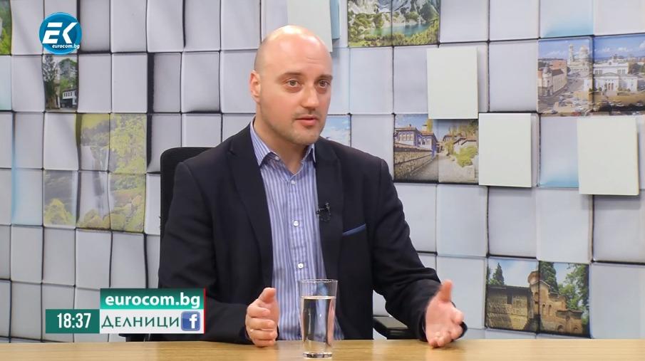 """Атанас Славов в """"Делници"""": Заявката на Радев за втори мандат ще детерминира политическата игра на терен"""