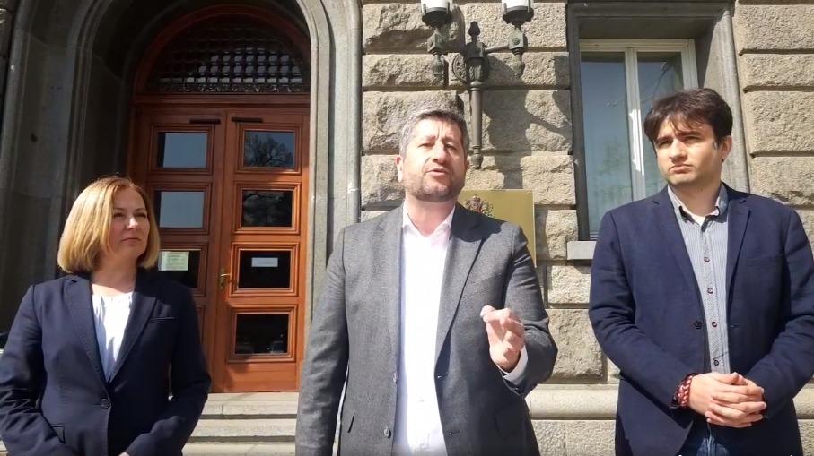 Христо Иванов към ЦИК: Вземете се в ръце и позволете независим одит на машините за гласуване