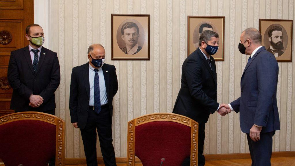 Демократична България: Реалният шанс за излъчване на правителство е вторият мандат