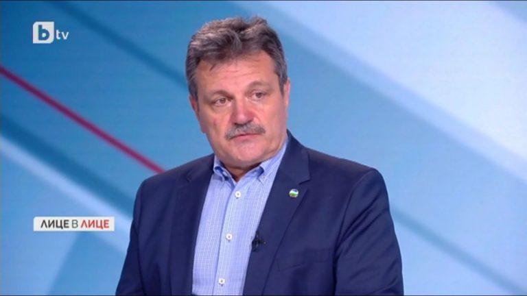 Александър Симидчиев: Неприятно е, че голяма част от насeлението е незащитено срещу COVID